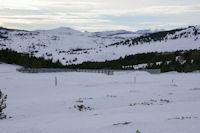 Au fond, on appercoit le debonnaire Pic Pedros et le Pic de Camp Colomer plus pointu