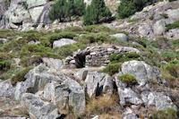 Un orri sous la Serra de les Ribes