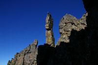 Le fameux totem depuis la cheminee Sud du Canigou