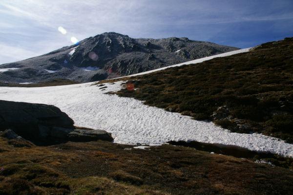 Les Cresta dels llosers gelées en montant vers la Portella de la Coma d en Garcia