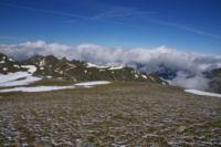 L Ariege dans les nuages depuis les pentes du Puig de Coma d Or
