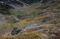 Les pentes de la Sola de Cortal Rosso menant a la vallee de Queforc