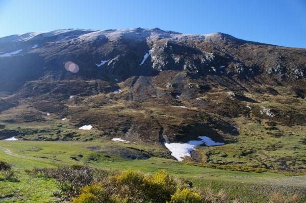 Les Cresta dels llosers gelées depuis la Coma d en Garcia