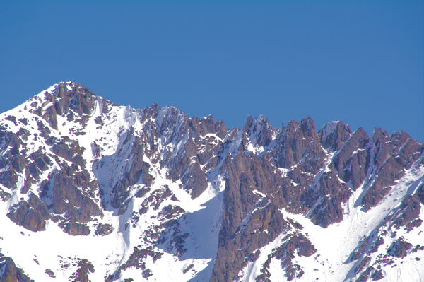 La crête dentelée entre le Pic de l_Estanyol et le Pic de Font Frede