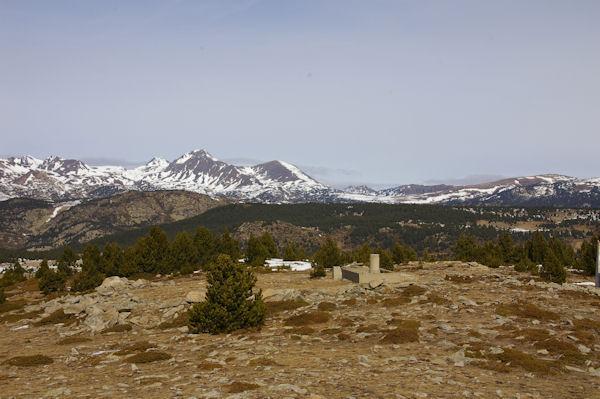 Le Puig Péric et le Petit Peric depuis le Pic dels Moros