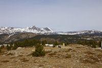 Le Puig Peric et le Petit Peric depuis le Pic dels Moros