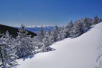 Au fond, la Tossa d-Alp