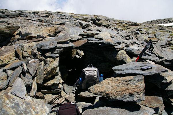Mon abri au sommet venté du Puigmal d_Err