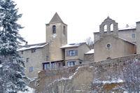 L'eglise et la chapelle de Eyne