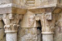 La porte de l_église de Llo, détail
