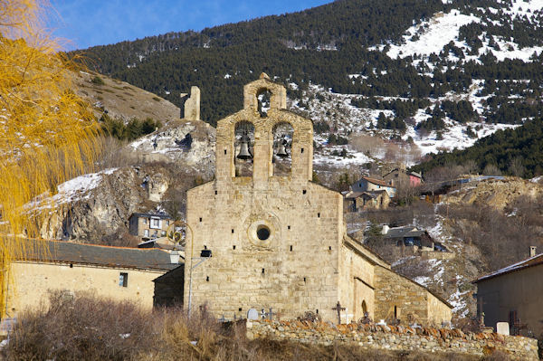L_église St Fructueux de Llo