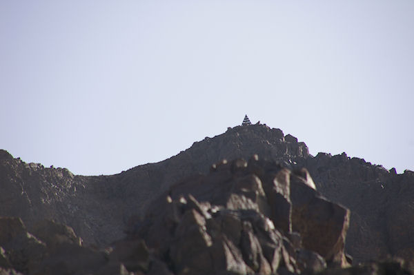 Enfin on voit le sommet du Toubkal et sa pyramide