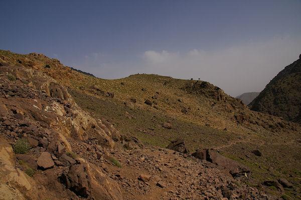 Le chemin descendant vers Sidi Samharouch