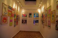 Belle salle dediee aux affiches de meilleurs voeux de Yves Saint Laurent