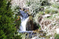 Petite cascade dans l_assif Tafenfent