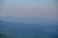 Dans la brume, le Pic du Midi de Bigorre