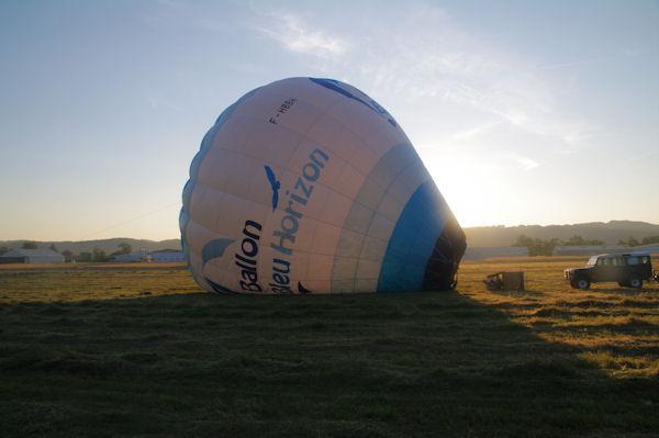 Gonflage du ballon à l_air chaud