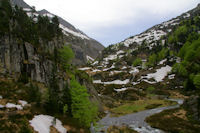 La vallee superieure de la riviere d'Ars depuis le Cap de Pich