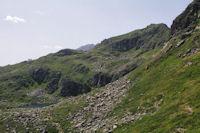 Le Pic de Cabanatous dominant l'Etang d'Alate