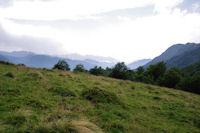 Le vallon de Coumebiere, au fond, la vallee du Garbet