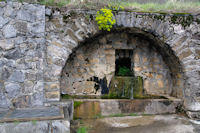 Une fontaine à Soula