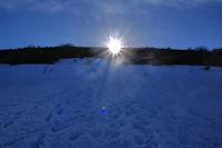 Soleil couchant sur le Roc de Mataly