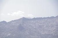 La crete du Pic Rouge de Belcaire, derriere, le Montcalm et le Pic d'Estat
