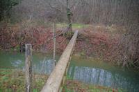 Un des premiers ponts sur la Leze