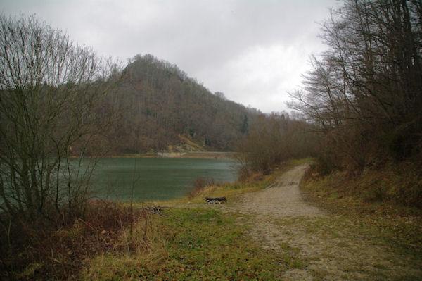 Le barrage du Lac de Mondely