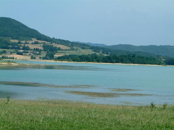 Le Lac Montbel depuis Pourcatières