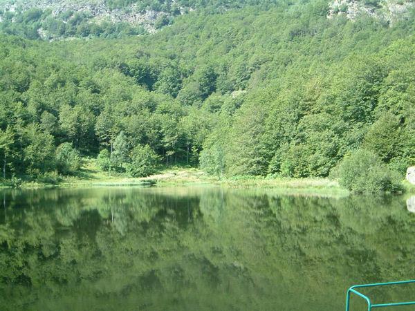 Le lac des Monts d'Olmes