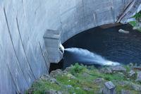 Le barrage de l'Etang de Laparan