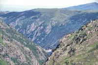 L_Etang de Laparan et le Plateau de Beille