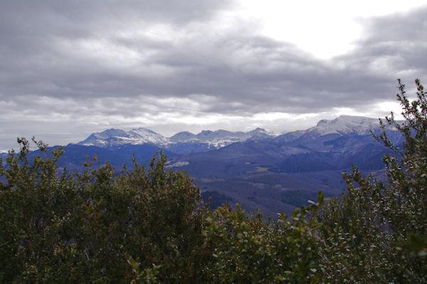 Le Pic de Soularac, le Pic de St Barthélemy, le Pic Galinat, le Pic du Han, le Trébèzes et le Mont Fourcat depuis le Roc Marot