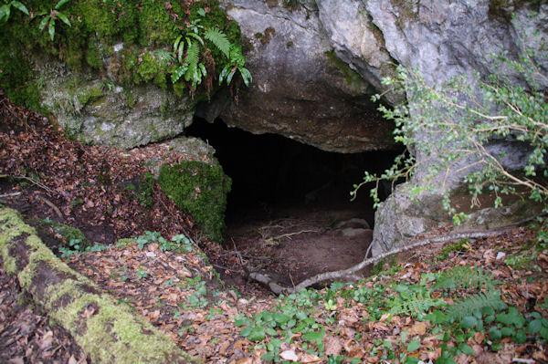 La grotte de l_église catholique