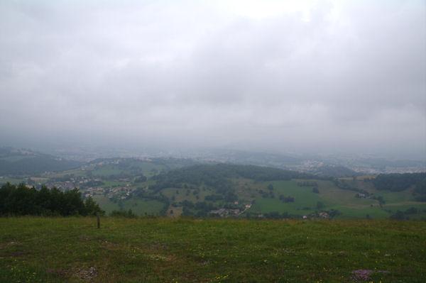 La vallée deu Salat dans la brume depuis le Tuc de Montcalibert