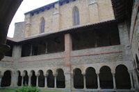 Le Cloitre de la basilique de St Lizier