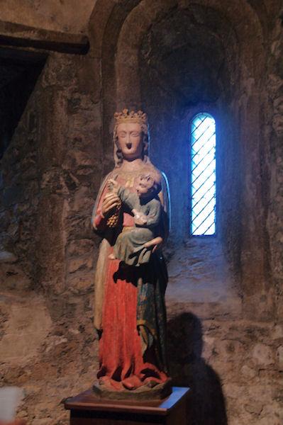 La Vierge à l_enfant dans la basilique de St Lizier