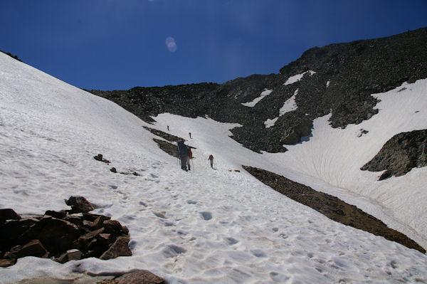 L_accès au col du Riufret à 2978m sous le Pic du Montcalm