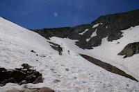 L'acces au col du Riufret a 2978m sous le Pic du Montcalm