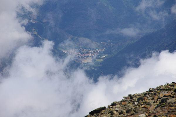 Auzat depuis le Pic du Montcalm