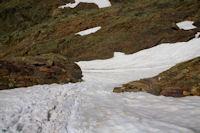 Le neve descendant vers l'Etang d'Estats
