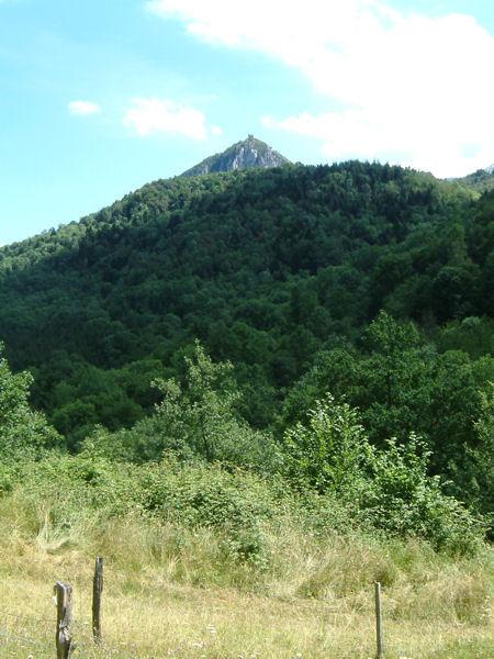 Vue du château de Montségur depuis La Passette