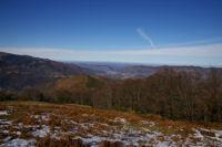 Au fond, Foix depuis la route forestiere de Font Frede