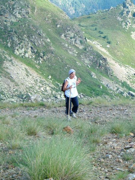 Marie Françoise arrivant au col de la Cadène
