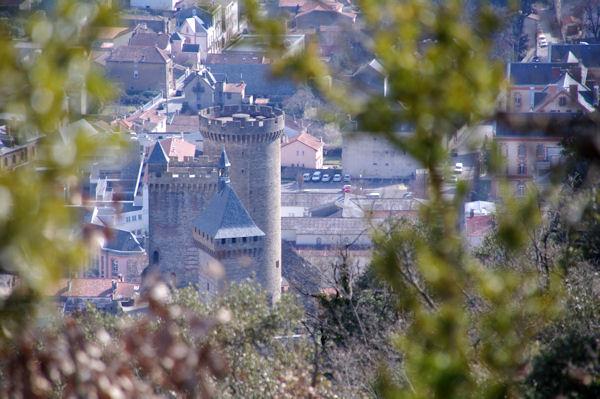 Le château de Foix depuis la Croix de St Sauveur