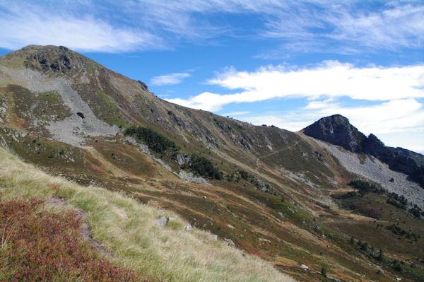 Pic de Tarbésou et Pic de la Coumeille de l_Ours depuis le Sarrat des Escales