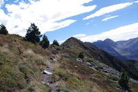 Le Sarrat de Gabensa qui se termine par le Roc de Bragues