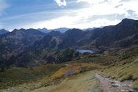 Le chemin remontant au Col de la Coumeille de l'Ours