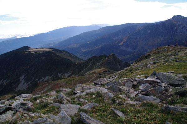 Le Pic de Monpudou et le Pic de la Coumeille de l_Ours depuis le Pic de Tarbésou